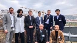 Forschungsteam und Ingenieure mit Stadt Esslingen und Frau Dr. Walther mit Besuchern aus Japan